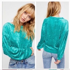 NWT!  FREE PROPLE Milan crushed velvet pullover XS